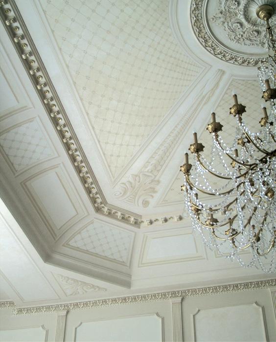 Villa a Mosca (Russia) - finti rilievi dipinti