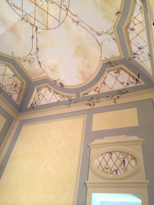 Villa privata a Poggibonsi - decori con gazebo in sala pranzo