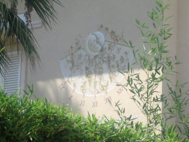Meridiana dipinta su parete